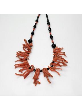 Collier in corallo